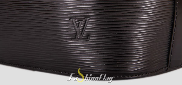 Louis-Vuitton-Epi-Leather-Shoulder-Bags-Petit-Noe---Black-e