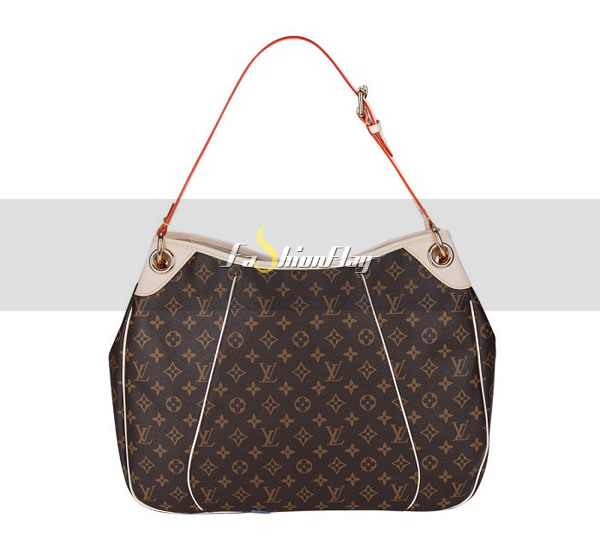 Louis-Vuitton-Monogram-Canvas-Galliera-03