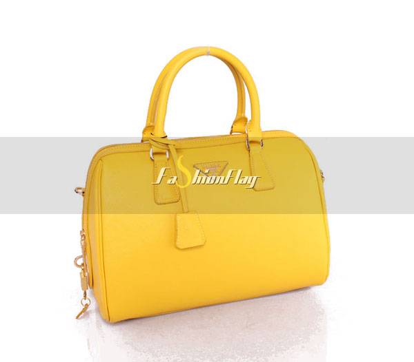 Prada-2013-Saffiano-patent-leather-tote-0823-in-Yellow-05