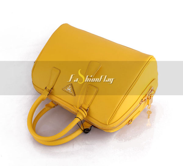 Prada-2013-Saffiano-patent-leather-tote-0823-in-Yellow-12