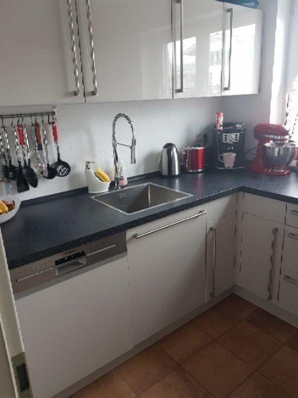 14 Monate alte Küche in Prien - Küchenmöbel, Schränke kaufen und
