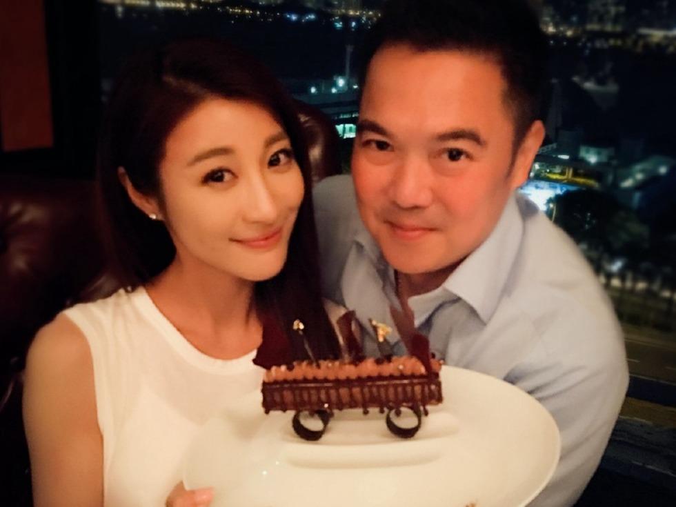 豪門闊太林夏薇慶與老公結婚一周年_娛樂-多維新聞網