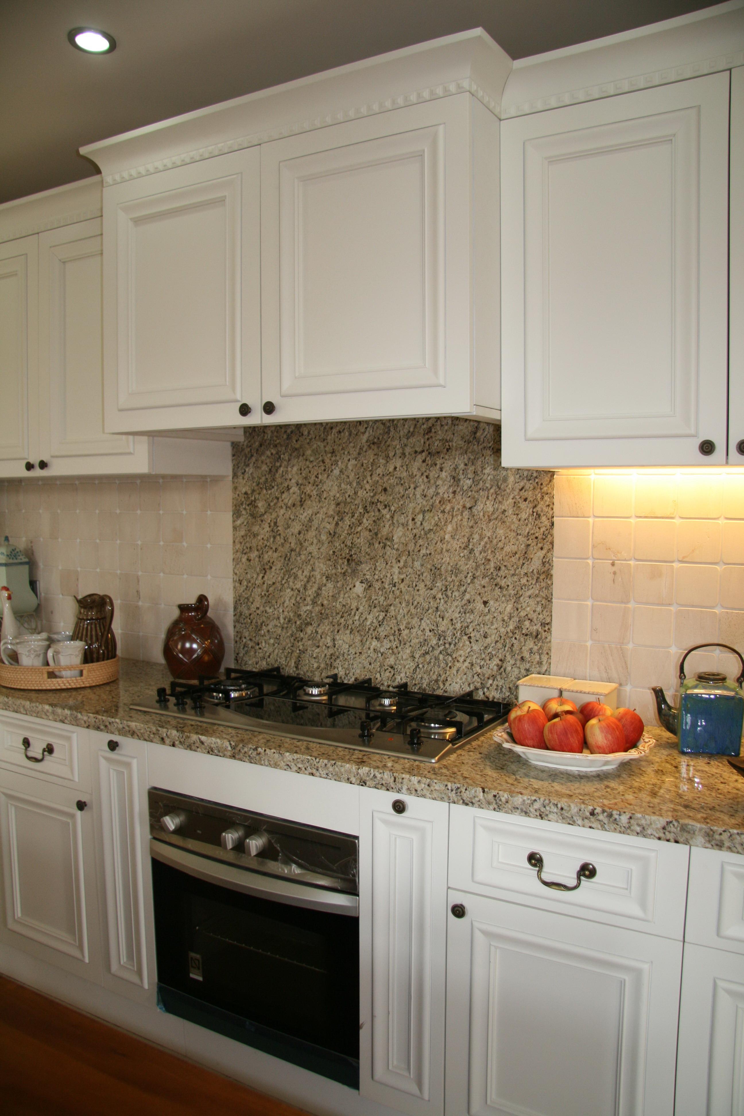 grey kitchen tile pantry organization 厨房白色橱柜装修效果图大全_土巴兔装修效果图