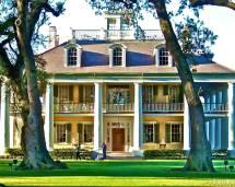 Beautiful Southern Plantation Homes