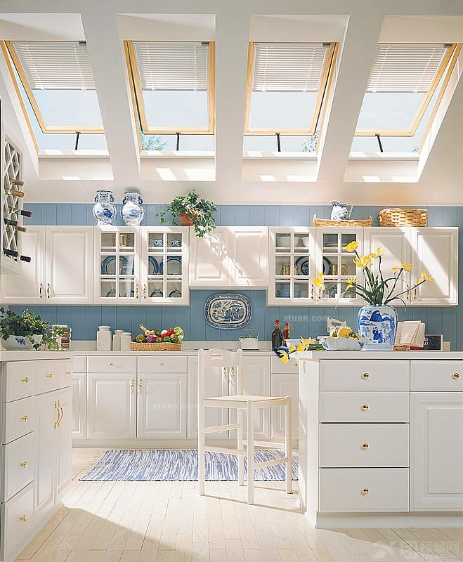 kitchen skylights steel cabinets 厨房吊顶设计效果图