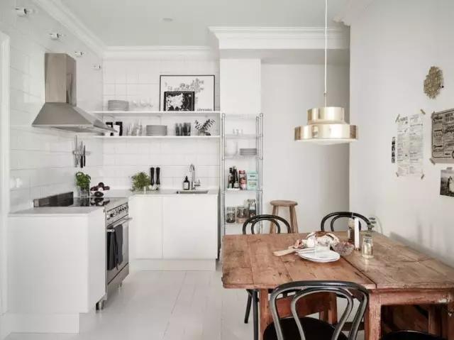tall table and chairs for kitchen imperial equipment 高品质的生活不是你家餐桌多大多贵 而是有没有一张小桌 摆在窗前 知乎 把餐厅设置在厨房靠近窗边的位置