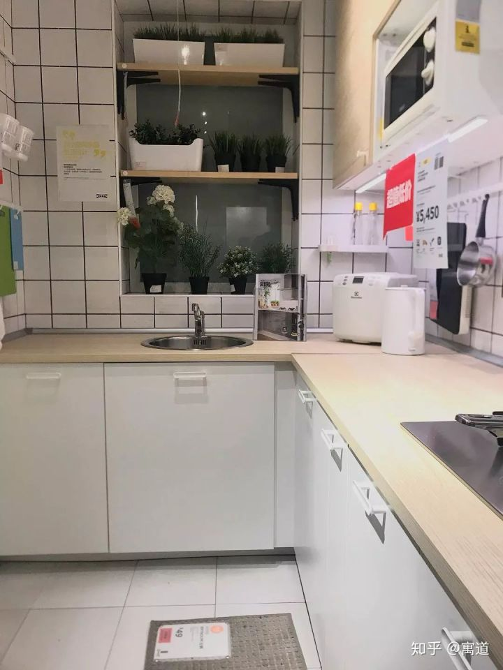 ikea kitchen counter cabinet door replacement 厨房台面用什么材料性价比最高 知乎 不用听有些人说什么防火板不耐用 根据网络上很多网友的使用反馈 宜家宜伯肯 萨林防火板台面评价相当不错 而且享受25年质保承诺