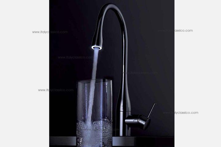 luxury kitchen faucets sm appliances kwc水龙头 品牌鉴赏 kwc将活水予灵性 知乎 作为瑞士奢华品牌 kwc的心底愿景是 将水以智慧 用水达完美 活水予灵性 kwc将水与龙头的关系 提升到了人与水交互的高度 是自然之水到发肤 双手和口舌的最后延伸