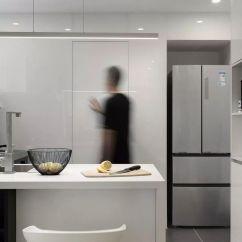 Kitchen Planners Greenhouse Window 武汉装修黑白灰 永不过时的高级格调 知乎 规划师敲掉了厨房和客厅的墙体 将厨房和客厅连为一体 扩展了卫生间 扩展了沙发墙 封了一个门洞 缩小次卧 把方位做房间的玄关