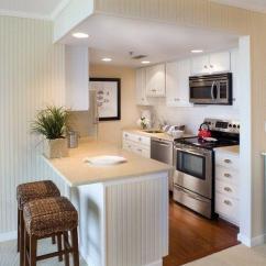 Small Kitchen Rugs Granite Composite Sink 别让小户型限制了你的美好生活 15款小户型厨房设计实用又美观 知乎 白色是小厨房的完美选择 以帮助它看起来更宽敞 厨房使用的蓝色地板和黑色吊灯为房间增添了更多的重点 避免色彩过于单调 地面的地毯为整体厨房空间增添了不少的艺术