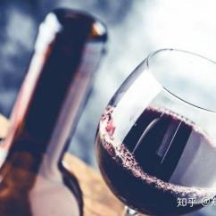 Wine Kitchen Rugs Glazed Cabinets 葡萄酒清洁妙用你知道几种 知乎 当你不小心把红葡萄酒洒在地毯上时 可以马上往红酒渍上倒一些白葡萄酒 然后迅速用干净的布把污渍擦掉