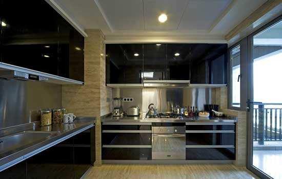 remodel a kitchen tray 厨房水电改造注意事项 知乎 平常一个家庭在厨房中使用的水电是最频繁的 因此厨房必须有一个很好的整体布局设计还有水电路设计才对 那么关于厨房水电改造 应该注意哪些呢