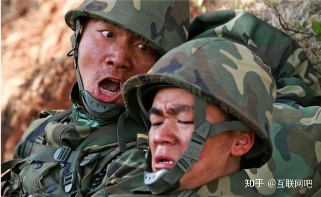 士兵突擊許三多最后死了嗎? - 知乎