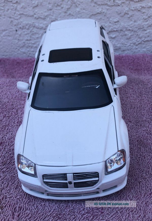 White Dodge Magnum : white, dodge, magnum, Dodge, Magnum, Entertainment, Special, Scale, White