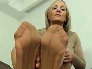 sole nylon toes