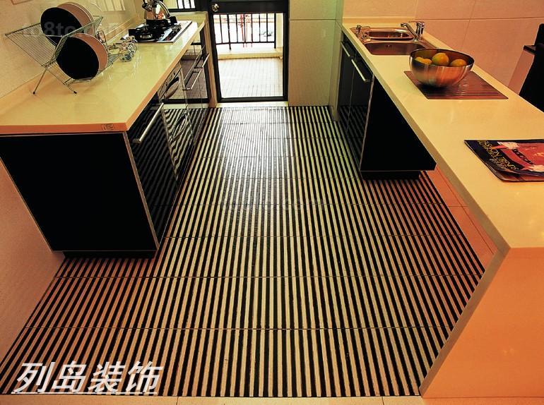 modern kitchen rugs thomasville cabinets 现代风格厨房防水黑白条纹地毯效果图 土巴兔装修效果图