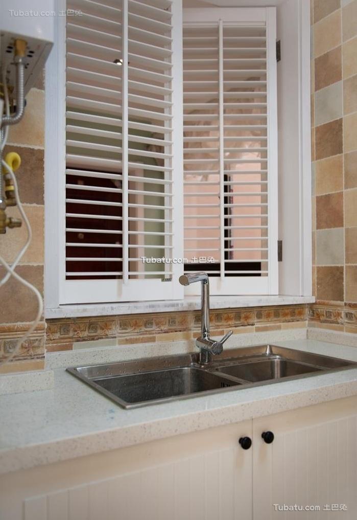 grey kitchen blinds delta talbott faucet 美式现代风格厨房百叶窗装修图片_土巴兔装修效果图