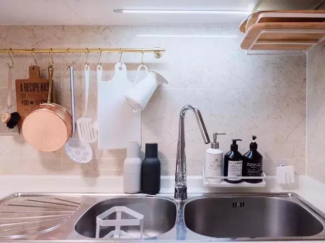 kitchen wall faucets sink dimensions 如何选择水龙头 知乎 这几个月月球家居都在研发厨房 伽南我也跟着我们月球建筑师跑了不少建材市场 基本上把全屋的建材五金都研究了一遍