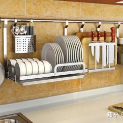 Porcelain Kitchen Sink Thai Noodles 厨房从这些方面做收纳 真是实用 雪花新闻 对于厨房墙壁空间 水槽上面的空间也是能够很好的使用起来的 就像这种方案一样 在水槽上面固定几个置物架 可以摆放一些碟子和瓷碗 洗完之后放在上面沥水 能够很好