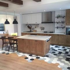 Kitchen Wall Tile Pot Racks For 装修风云 碰瓷!风靡家居圈的六角砖和地板拼接,应该怎么做?