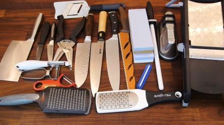 kitchen knives for sale storage table 有哪些贵而且物有所值的厨房用品值得推荐 知乎 刀具集合 有三种主厨刀 刨刀 厨房剪刀 粗细擦板 擦片擦丝器等等