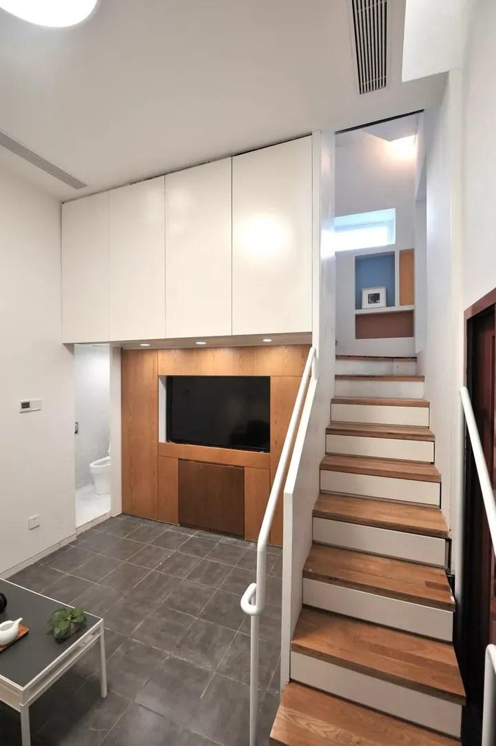 mobile home kitchen remodel used cabinets dallas tx 梦改 挑战史上最难 占地22 被困住的家 知乎 隐藏式的餐桌 上下移动的投屏家庭影院 每层功能不同的卫生间以及委托人钟爱的重色 让整个空间有了更多的可能性