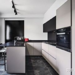 Remodeled Kitchen Sink With Cutting Board 厨房改造之布局挑选 内含15款精选案例 知乎 如果你也想装修一间有实力有颜值的理想厨房 那快来看看这15款精选案例吧 相信总会找到适合你的厨房改造方案