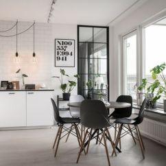 Black Kitchen Table And Chairs Free Standing Counter 居联饰家 北欧风装修 知乎 厨房和餐厅区合二为一 开放式的厨房格局使得空间看起来更加宽阔 黑色的餐桌椅造型非常时尚 纯黑色的家具和白色橱柜有着强烈的对比 使得空间更加有层次感