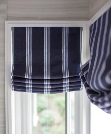 cheap kitchen curtains ninja complete system 你永远不知道窗帘商有多黑 知乎 垂直帘 就是那种片状长条的格栅型窗帘 一般用于大窗户 几十元钱 很便宜 商家一般不愿推荐 赚不到多少钱 附件也是配齐的
