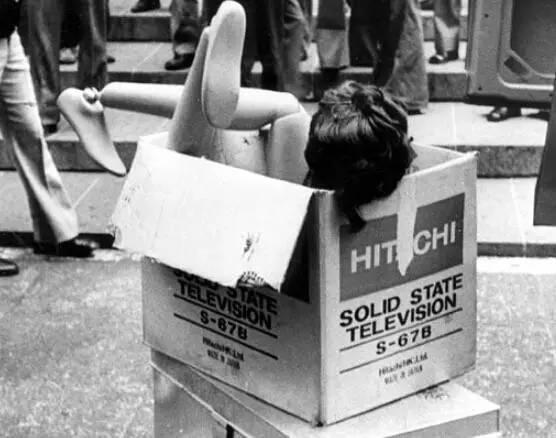 香港十大奇案系列之二:紙盒藏尸案 - 知乎