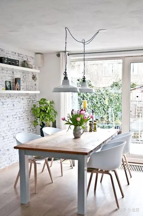 unique kitchen tables portable sink 怎么选购心仪的餐桌 知乎 椭圆形椭圆的几何形体虽设计简单却存在感十足 流畅而圆润的线条勾勒出完美的弧度 不经意间散发着独特的魅力 让整个空间变得更加有腔调