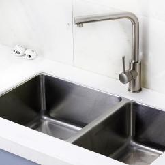 Cement Kitchen Sink And Bathroom Remodel 装修风云 5分钟get厨房水槽选购要点 手工不锈钢大单槽的优势是什么 手工不锈钢大单