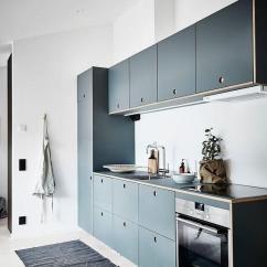 Yellow Pine Kitchen Cabinets Kohler Undermount Sink 橱柜选购干货 我家厨房要好看更要实用 知乎 顾名思义 就是一字排开紧贴墙面的直线条橱柜 属于橱柜里的 基本款 对于小厨房和不常下厨的家庭来说已经能满足基本要求了 不过比较考验厨房主人的收纳能力 合理的