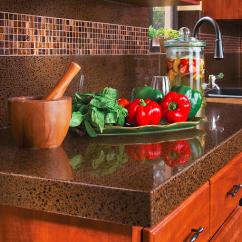 Kitchen Backspash Corner Base Cabinet 家居细节之厨房后挡板的选择 知乎 人造石 比如赛丽石 国内华纳石等牌子 是石英石和树脂等东西加工而成的合成材料 可以用作厨房台面 也可以用来做后挡板