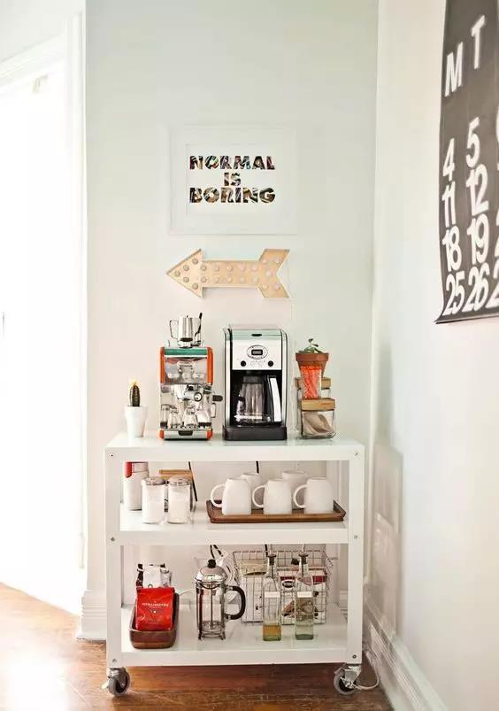 home styles kitchen cart discontinued cabinets 咖啡角 酒水吧 零食区 收纳神器助你打造精致1 休闲区 知乎 客餐厅尺度尴尬的小角落 小推车加上个性插画和led壁灯或者喜欢的绿植 分分钟就变成了充满个人风格的主题咖啡角