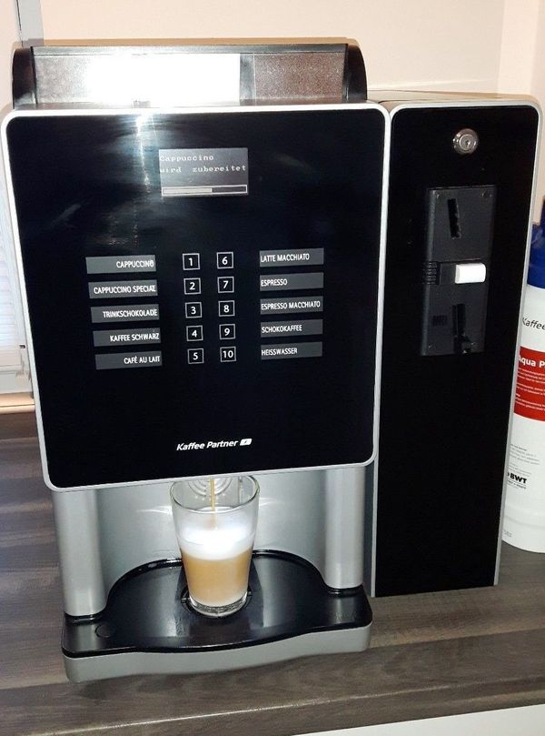 Gebrauchter Kaffeevollautomat Minibona in Berlin  Kaffee