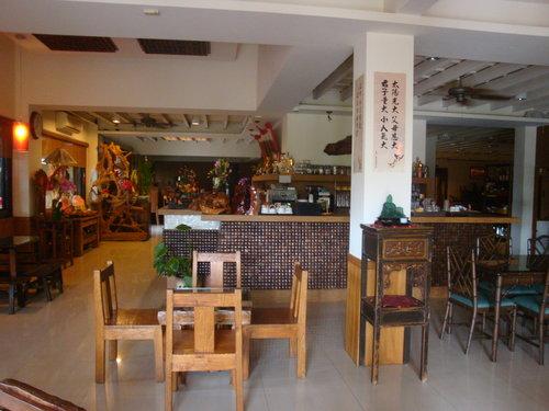 臺中市豐原區滿春園庭園餐廳(可以餵魚的素食餐廳) @陳小冠和陳小榮的親子部落格 - nidBox親子盒子