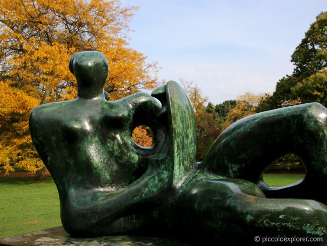 Henry Moore sculpture at Kew Gardens