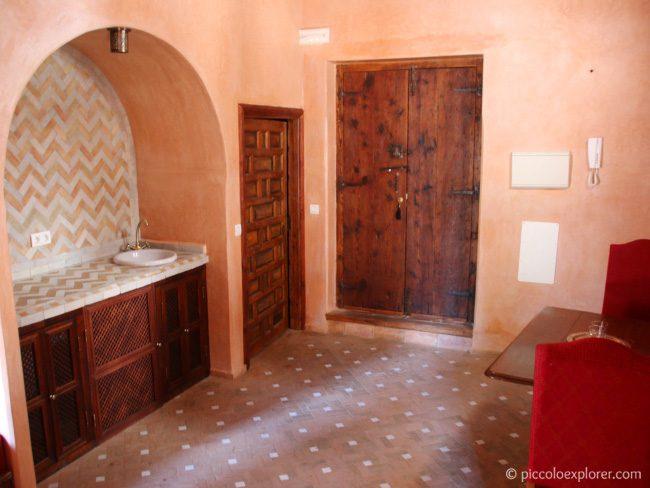 Dining area in 2 bedroom apartment, Palacio Conde de Cabra, Granada