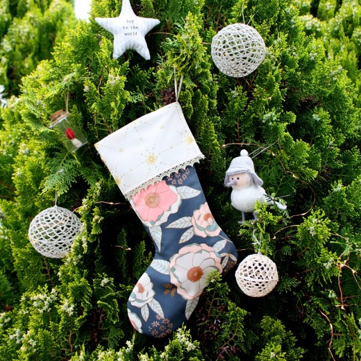https://piccolostudio.com.au/2018/10/24/introducing-the-piccolo-christmas-stocking-pattern-pdf/