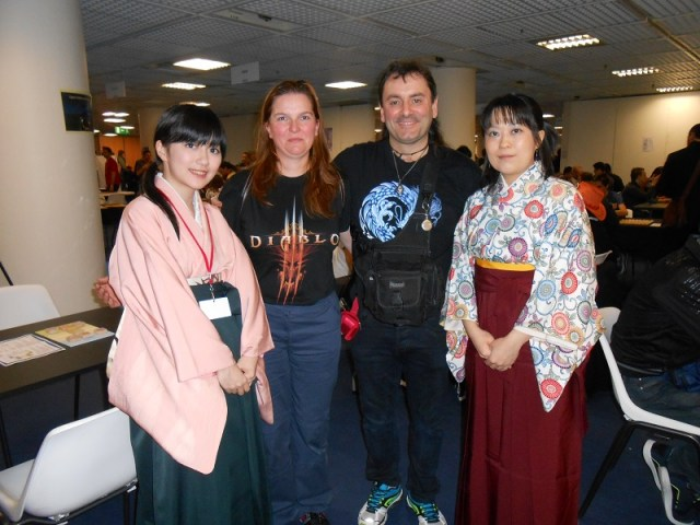 Une naine, un elfe et deux maitres Shogi