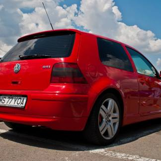 eleron vw golf 4 r32 gti