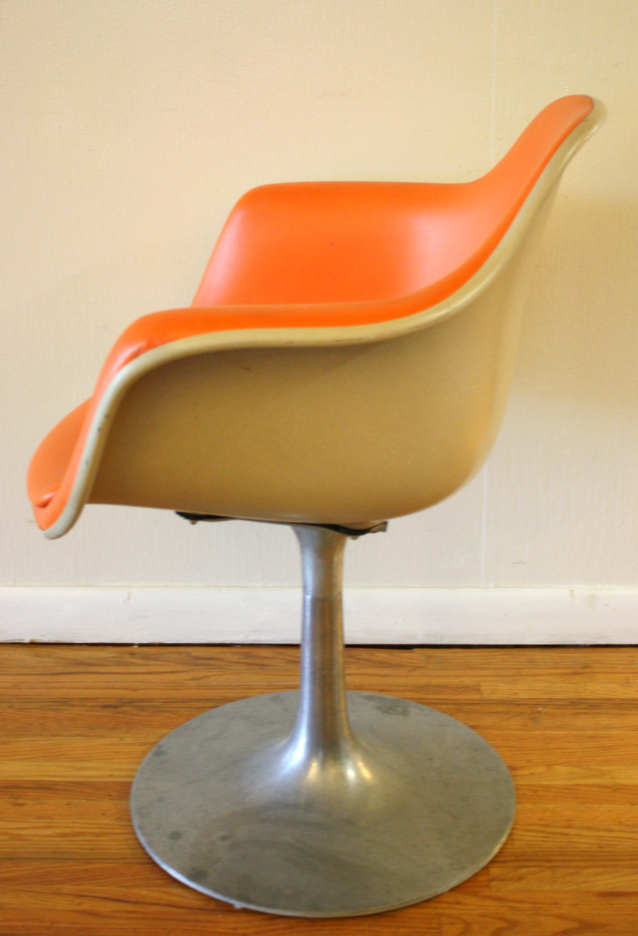 krueger folding chairs gerrit thomas rietveld chair mid century modern shell with retro base by