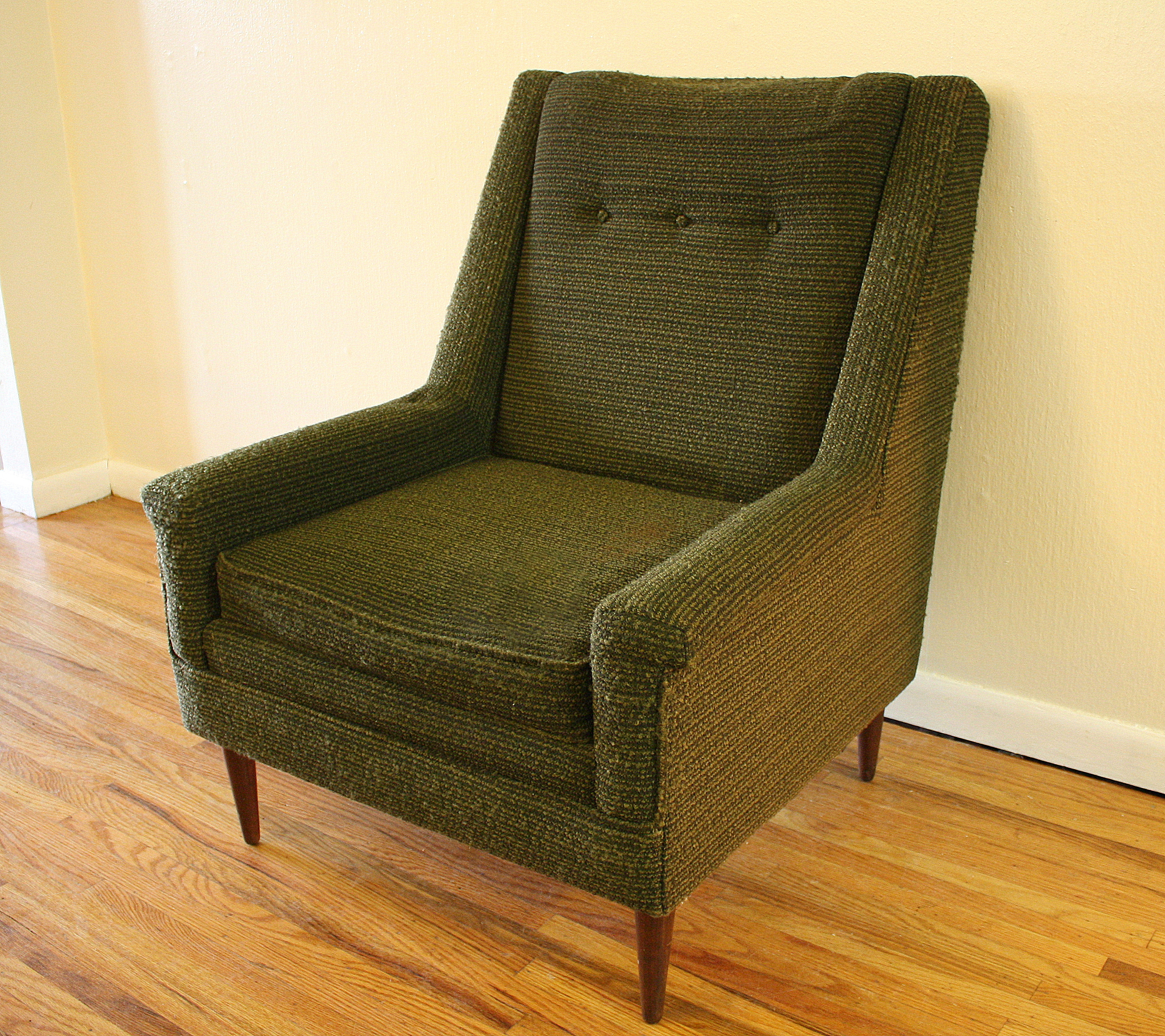 Green Upholstered Chair Green Upholstered Mcm Chair 1 Picked Vintage