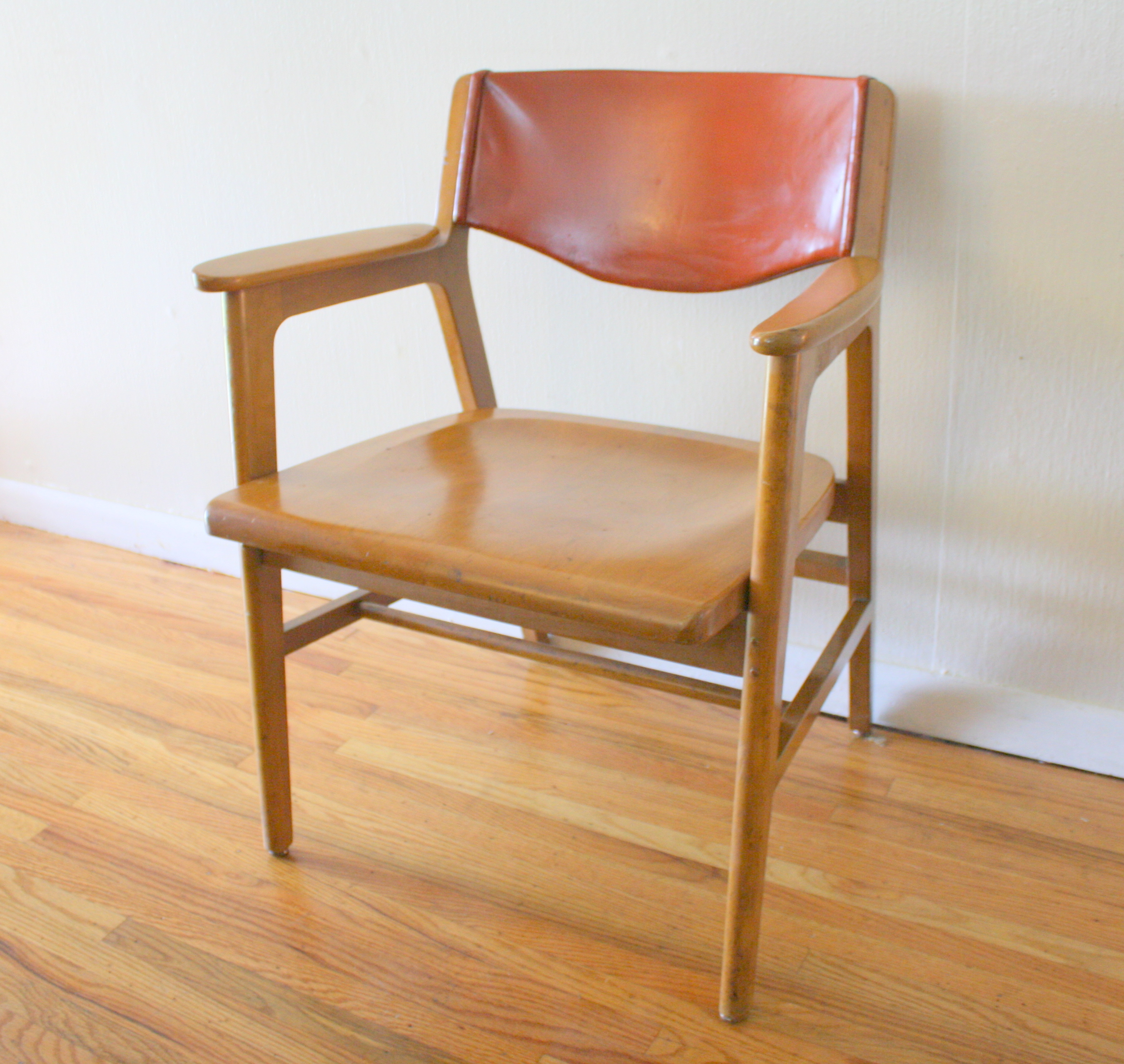 Mcm Chair Mcm Gunlocke Chair 2 Picked Vintage
