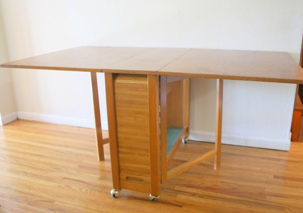 Modern Gateleg Table with Chairs