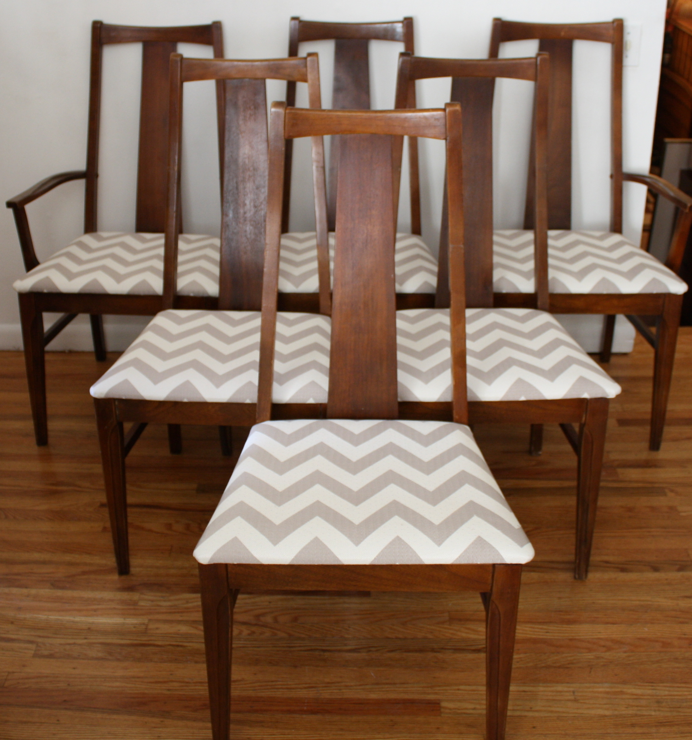 Dining Chair Set Of 6 Mcm Chevron Dining Chairs Set Of 6 Picked Vintage