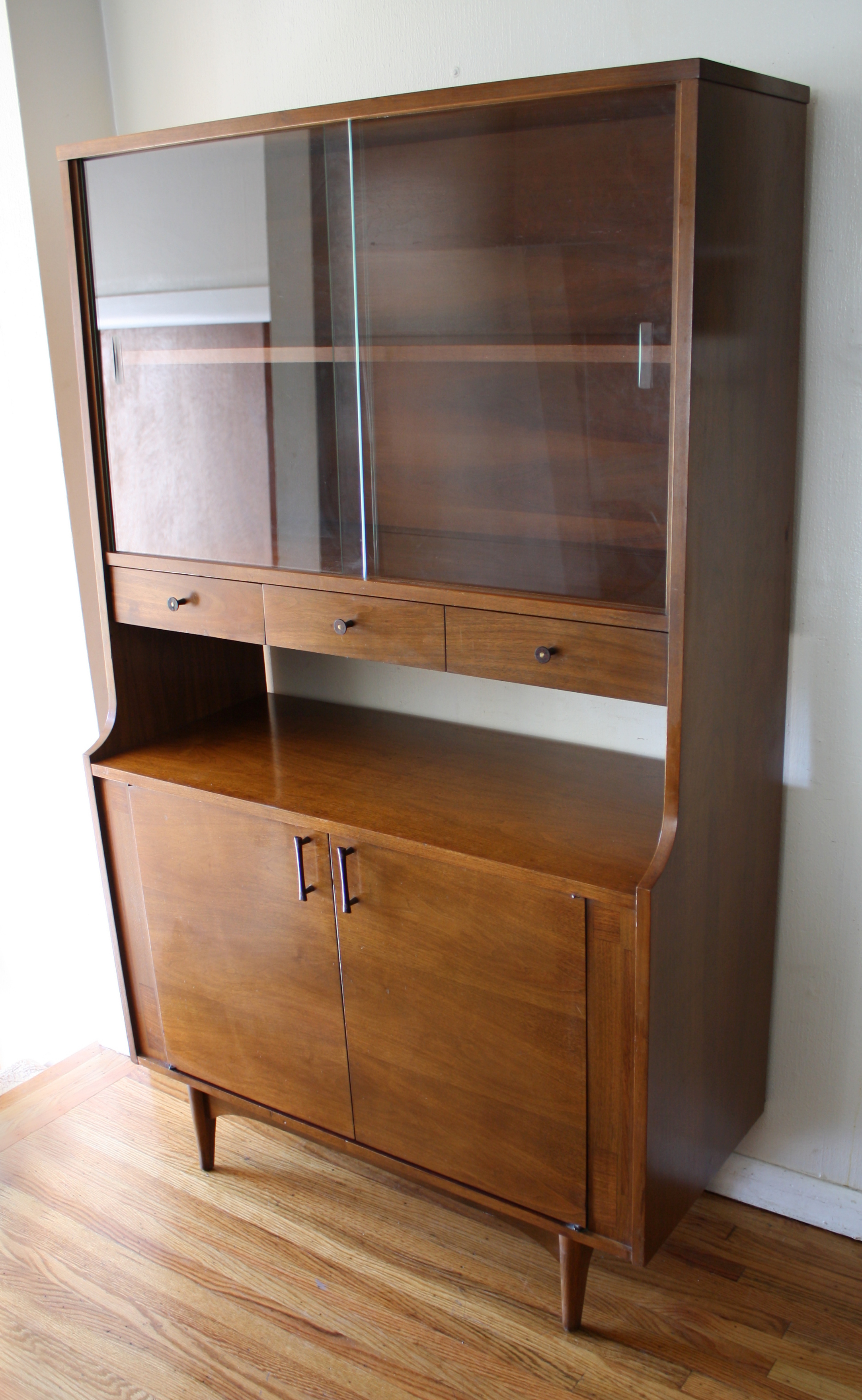 Mid Century Modern Mini China Cabinet Hutch by Kroehler