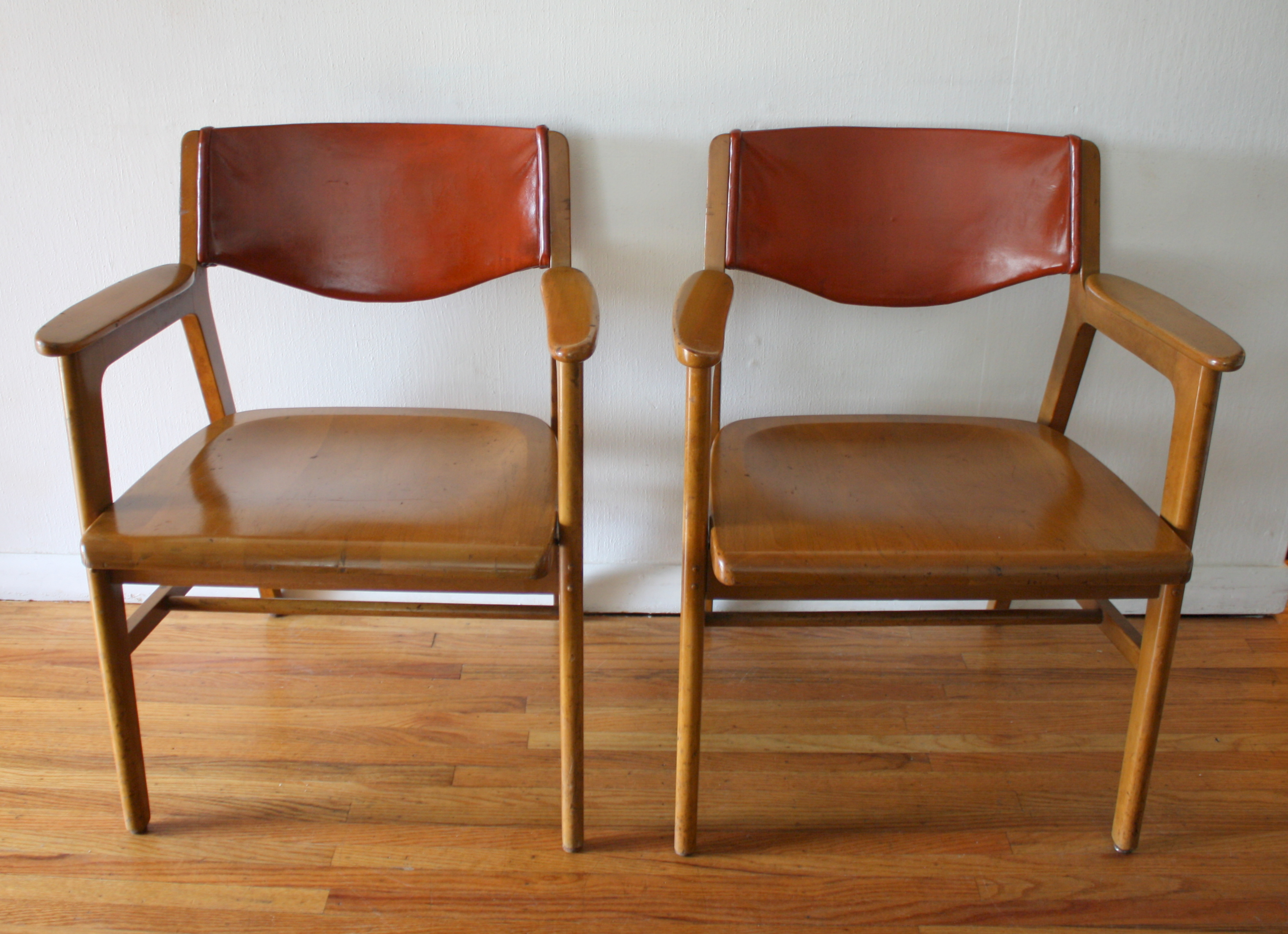 Midcentury Chairs Mid Century Modern Gunlocke Chairs Picked Vintage