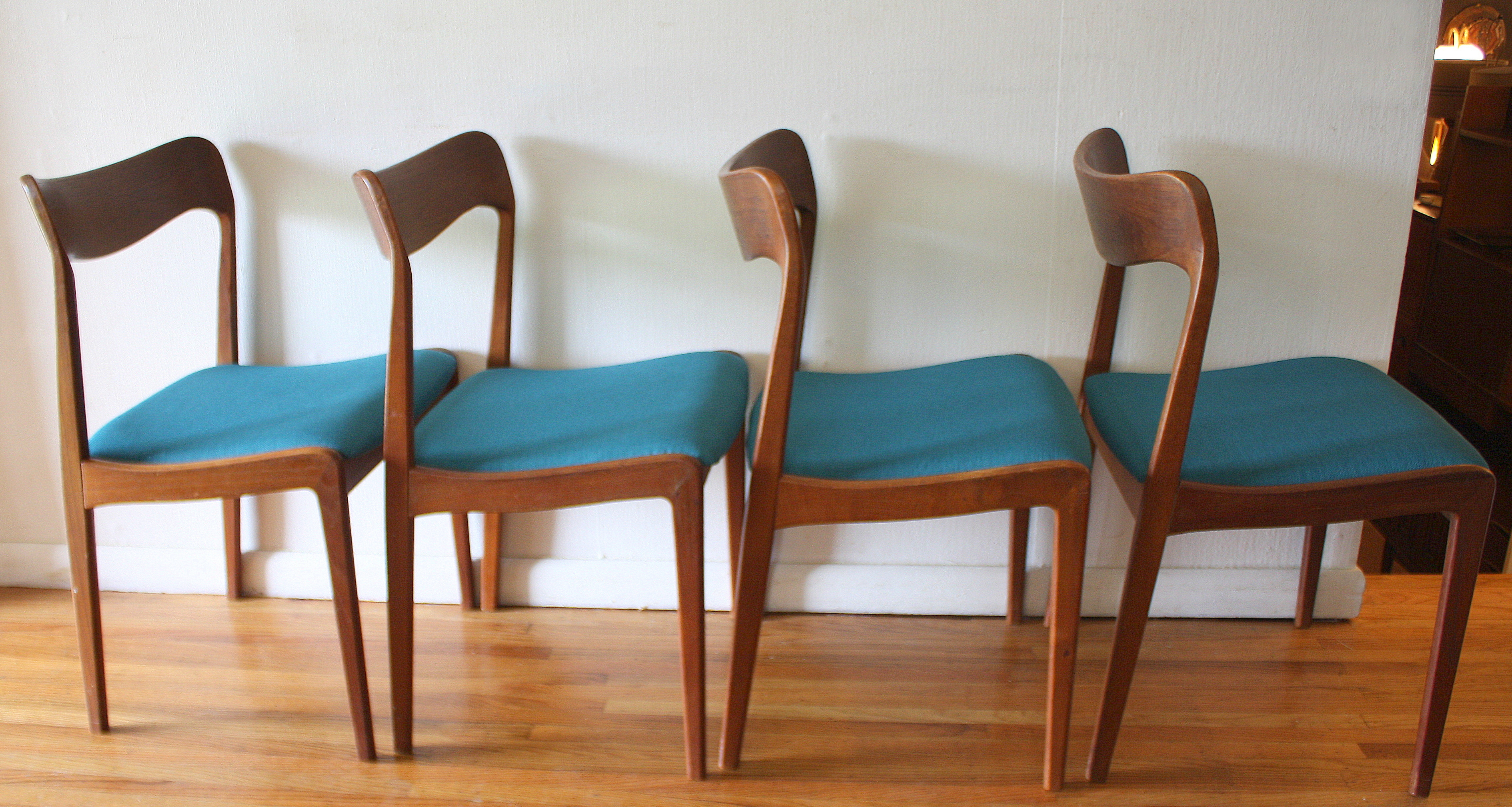 teak folding chairs and table mickey mouse recliner chair mid century modern danish dining